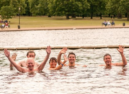Summer in the Park - Friends' Chairman makes a splash!